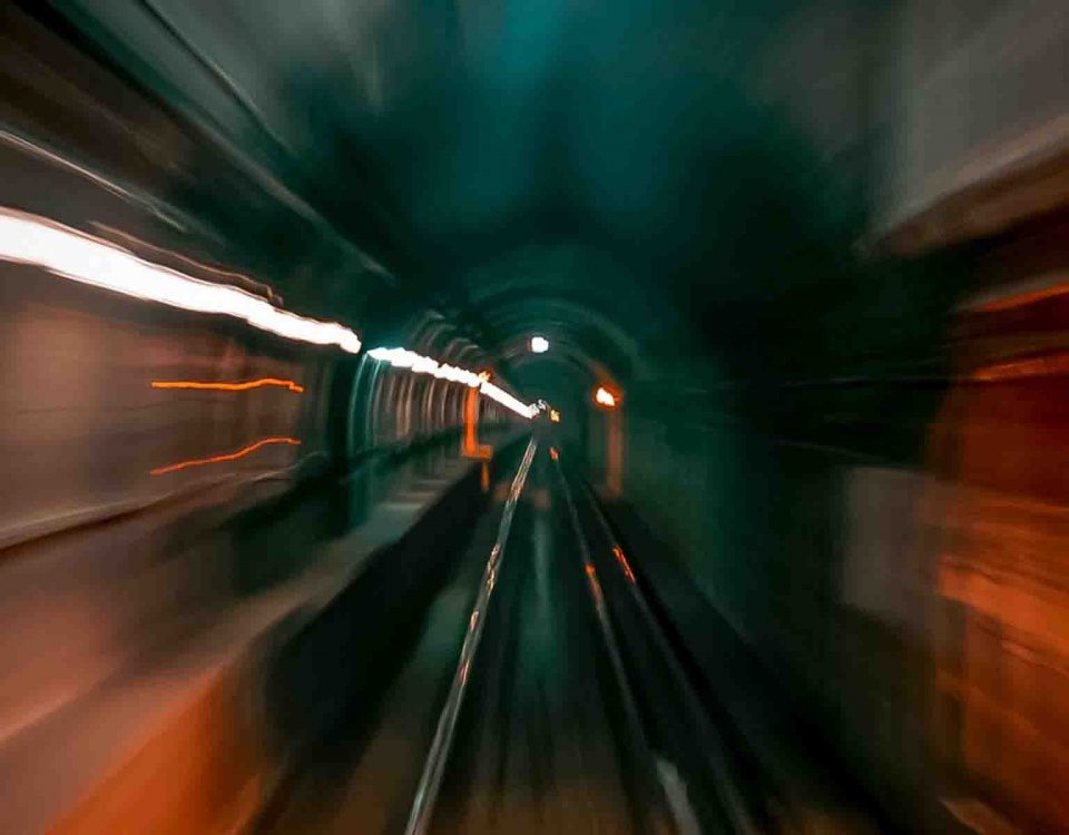 Speed Of Motion In A Tunnel